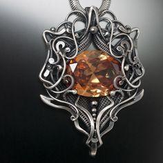 Clarissa - I love it! Stunning pendant by sarahndippity on jewelrylessons.com