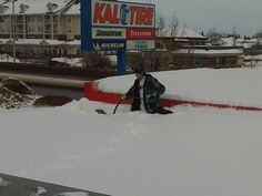 Flat and Commercial Roof Snow Removal | GENERAL ROOFING SYSTEMS CANADA (GRS)