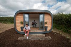 The Eco Hubb garden pod specifications