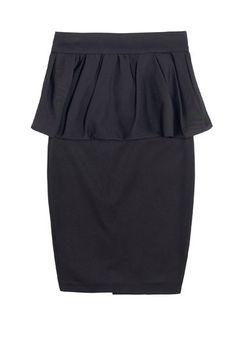 Pencilskirt mit Schößchen von ZARA - Mode mit Schößchen im Trend - Genau wie Oberteile oder Kleider können auch Röcke ein angesetztes Schößchen haben. Meistens gehören Bleistiftröcke dazu, da sie durch ihre enganliegende Form einen besonders guten Kontrast zu den weiten Volants bieten...
