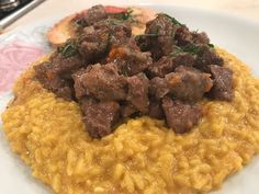 Risotto azafranado con ossobuco breseado - Recetas – Cocineros Argentinos Risotto, Drinking Around The World, Grains, Rice, Beef, Cooking, Food Ideas, Videos, Youtube