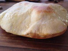 il chapati con esubero di licoli è un pane che cotto nel forno o in padella si gonfia diventando una deliziosa tasca da riempire con quello che più ci piace