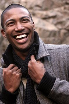Charles Michael Davis. http://photos.lucywho.com/charles-michael-davis-photo-gallery-c17517081.html