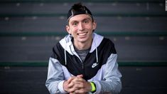 Justin Gallegos was born with cerebral palsy, but with the help of Nike, he was able to run his first half marathon in running shoes geared toward disabled people. Cerbral Palsy, Nike World, Top World News, Disabled People, University Of Oregon, Marathon Runners, He Is Able, Crazy People, News Today