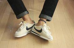 Nike Cortez - vintage collection Nike Cortez Vintage, Fashion Shoes, J Crew, Kicks, Sneakers Nike, Bags, Beauty, Collection, Style