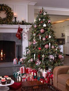 BH Fraser Fir Artificial Christmas Tree | Balsam Hill UK