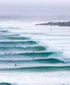 Surfing holidays is a surfing vlog with instructional surf videos, fails and big waves Waves After Waves, Big Waves, Ocean Waves, Beach Waves, No Wave, Kitesurfing, Surf Van, Surfing Pictures, Ocean Pictures