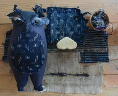 I'm working on a bunch of things all at once that I hope I can show you finished next week. That's the plan anyway – for the last ten days or so I've been working different… Fabric Animals, Fabric Birds, Fabric Art, Blue Crafts, Owl Crafts, Textile Sculpture, Textile Art, Bird Sculpture, 4 And 20 Blackbirds