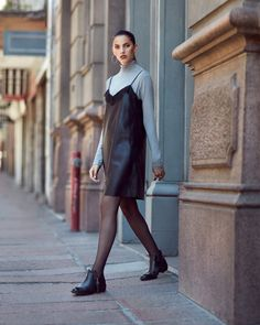 ACTITUD - invierno 2017 Marcel Calzados Marcel, Normcore, High Neck Dress, Dresses, Style, Fashion, Templates, Buckle Boots, Knee Boots