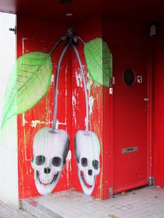 Crazy looking door in Amsterdam by Ludo