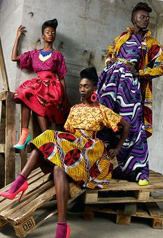 Vlisco's Funky Grooves collection does exactly what it says on the tin... #print #pattern #AfricaArise