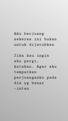 Quotes Galau, Rainy Night, Sad Love, Quote Aesthetic, Islamic Quotes, Hijab Fashion, Instagram Story, Qoutes, Bb
