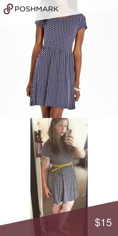 💙Old Navy Polka Dot Fit and Flare Dress💙 This Blue and White polka dot dress…