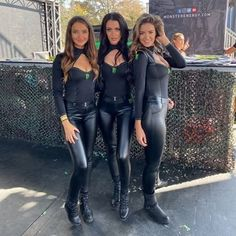 Monster Energy Girls, Monster Girl, Girl Photo Poses, Girl Photos, Goth Women, Sexy Women, Tight Leather Pants, Leather Shorts, Hot Girls