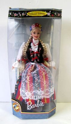 Barbie Dolls of The World Polish Barbie Collector Edition Doll 1997 Barbie Vintage, Vintage Dolls, Barbie Dream, Barbie House, Princess And The Pauper, Accessoires Barbie, 3d Collage, Little Girl Toys, Barbie Movies