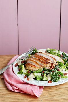 Keto Caesar Salad — A True Salad Classic Recipe — Diet Doctor Ketogenic Recipes, Low Carb Recipes, Diet Recipes, Chicken Recipes, Healthy Recipes, Keto Chicken, Ketogenic Diet, Diet Doctor Recipes, Pollo Keto