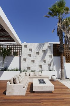 House Tour: A Cabo San Lucas Villa That Celebrates Indoor-Outdoor Living Photos | Architectural Digest
