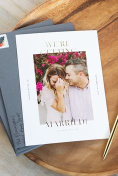 How To Achieve Cohesive Wedding Stationery with Artifact Uprising - I do - Blumenkranz Shine Wedding Invitations, Watercolor Wedding Invitations, Floral Wedding Invitations, Wedding Stationery, Stationery Paper, Wedding Invitations With Pictures, Invites, Wedding Preparation, Wedding Planners