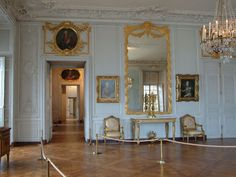 Madame Victoire's Large Chamber