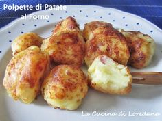 croquettes al forno Wine Recipes, Great Recipes, Cooking Recipes, La Trattoria, Italy Food, Potato Dishes, Appetisers, Creative Food, I Love Food