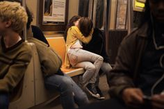 Find images and videos about love, couple and kiss on We Heart It - the app to get lost in what you love. Gay Aesthetic, Couple Aesthetic, Aesthetic Grunge, Cute Lesbian Couples, Lesbian Love, Cute Relationship Goals, Cute Relationships, Paradis Sombre, Eduardo E Monica