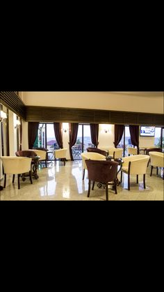 Restaurant, Pergola, Outdoor Structures, Bar, Travel, Twist Restaurant, Diner Restaurant, Outdoor Pergola, Viajes