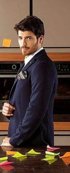 Can Yaman as Ferit in the Turkish TV series DOLUNAY, 2017-2017. Turkish Men, Turkish Beauty, Turkish Actors, How To Look Handsome, Handsome Boys, Men Photography, Mens Fashion Suits, Actor Model, Cute Guys