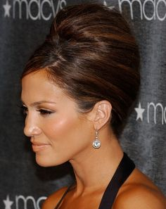 J Lo beehive hairstyle