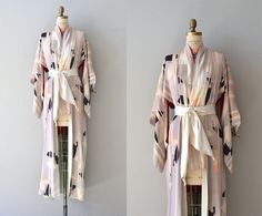 Saika silk kimono  vintage silk kimono robe  by DearGolden on Etsy