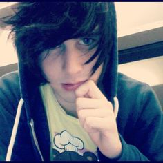 Can we just appreciate how cute is Christian Novelli? Thanks.<<<<< cuteness appreciation post