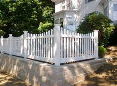 Antique Homes and Lifestyle: My Beautiful White Picket Fence!