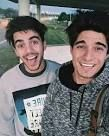 Que lindos que son♡♡♡ Adult Humor, Youtubers, Crushes, Wolf, The World, Wolves, Girlfriends, Get Well Soon, A Wolf