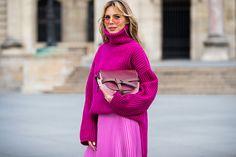 6 nőies outfit, amiben elfér a kötött pulóver: imádnivalóan stílusos, ha így viseled