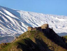 Castello arabo normanno - ph. Luigi Strano #Sicily #Catania #Calatabiano