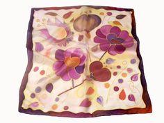 Fesd meg saját selyemkendődet a kezdő selyemfestés tanfolyamon!  www.silkyway.hu/selyemfestes-tanfolyam Silk Art, Fabric Painting, Ideas Para, Fashion, Scarf Head, Scarves, Silk, Moda, Painting On Fabric