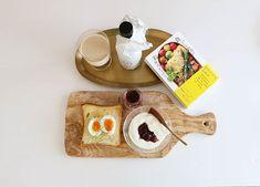 ゆで卵が食べたくなった今日  7年ぶりのお弁当生活なんとか楽しみながらと雅姫さんの本を  私に作って欲しいなぁ  お弁当やお料理ってほんとに愛情のかたまりだとおもう  真似して作ってみよう
