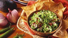 Das Grundrezept: Guacamole   http://eatsmarter.de/rezepte/guacamole-10