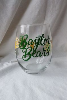 Hey, I found this really awesome Etsy listing at https://www.etsy.com/listing/261759353/baylor-university-hand-painted-stemless