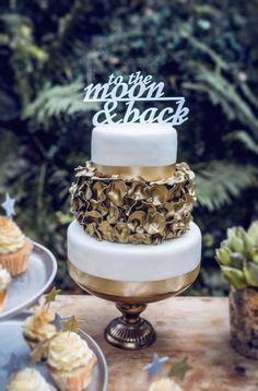 Midnight Love Kathrin Schafbauer http://www.hochzeitswahn.de/hochzeitstrends/midnight-love/ #wedding #cake #sweets