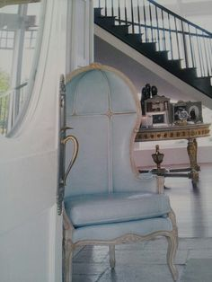 Porter's chair in white please maybe linen on the outside