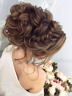 Coiffure De Mariage : Half-updo, Braids, Chongos Updo Wedding Hairstyles / www. Up Hairstyles, Pretty Hairstyles, Wedding Hairstyles, Hairstyle Ideas, Perfect Hairstyle, Elegant Hairstyles, Bohemian Wedding Hair, Wedding Updo, Chic Wedding