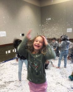 Dovetailing on yesterday's post (did you see it?): This is more of the excitement and joy from @ameliakvids for Snow Day at the Library! Thank you @sarahjdurr for making this happen!  Parents if you live near a library you should really see what kind of programs they have available for you and your kids. We find so many fun things to do with our kids at the library and it puts them in an environment of reading and learning.          #kidsofinstagram #kidstagram #littleandbrave…