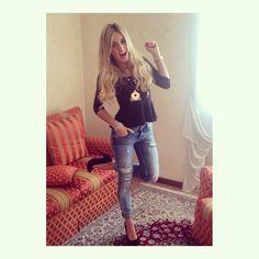 """Ed in tema di Cenerentola...la """"regina"""" Valentina indossa la nostra collana in argento 925 rosè con inserti corona e ciondolo Carrozza tg.XL in argento 925!!!"""