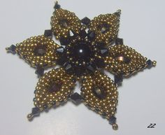 Star flower seed bead pendant - love love LOVE