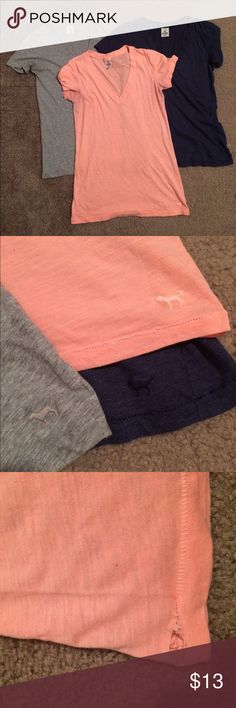 """$10 vs pink v neck tee lot size med Good used condition! Two snags/rips on the blue and orange top - see pics. Gray top no rips. ✔️the price in the beginning of the title of my listings is the bundle price. These prices are valid through the """"make an offer"""" feature after you create a bundle. These bundle orders must be over $15. Ask me about more details if interested.  ❌No trades ❌No hold PINK Victoria's Secret Tops Tees - Short Sleeve"""
