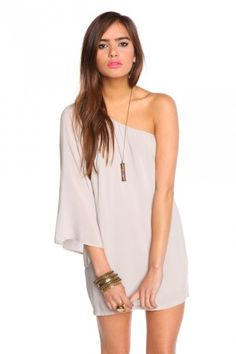 this dress is super cute.