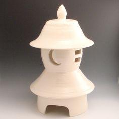 Items similar to Lantern - ceramic pottery Japanese-style garden lantern on Etsy Ceramic Lantern, Garden Lanterns, Chinese Ceramics, Air Dry Clay, Ceramic Pottery, Surface Design, Tea Pots, Projects To Try, Sculpture