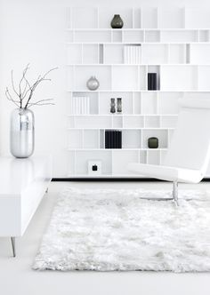 LIVING ROOM // white on white w/ shag rug