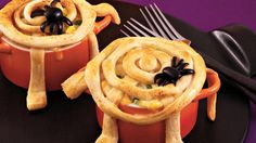 Weave a delicious Crescents web to top an easy Halloween pot pie filling. #spookysnacks