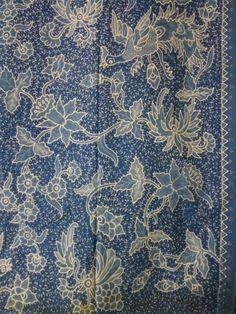 Vintage batik Pekalongan very detail hand works.